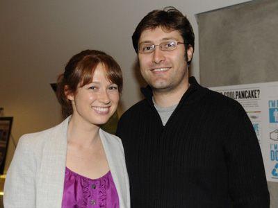 ご結婚おめでとうございます! - エリー・ケンパーと夫のマイケル・コーマン