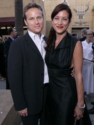 離婚が成立したアレックス・ヤングとケイト・ウォルシュ