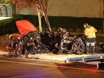 大破した車…… - ポール・ウォーカーさんの死亡事故現場
