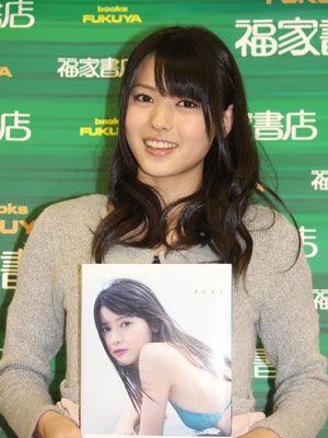 10代最後の写真集「タビオト」が発売中の℃-uteの矢島舞美