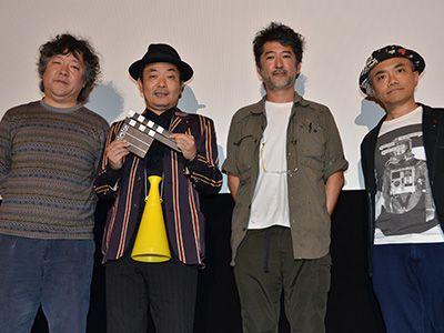 左から、茂木健一郎氏、園子温監督、会田誠氏、水道橋博士