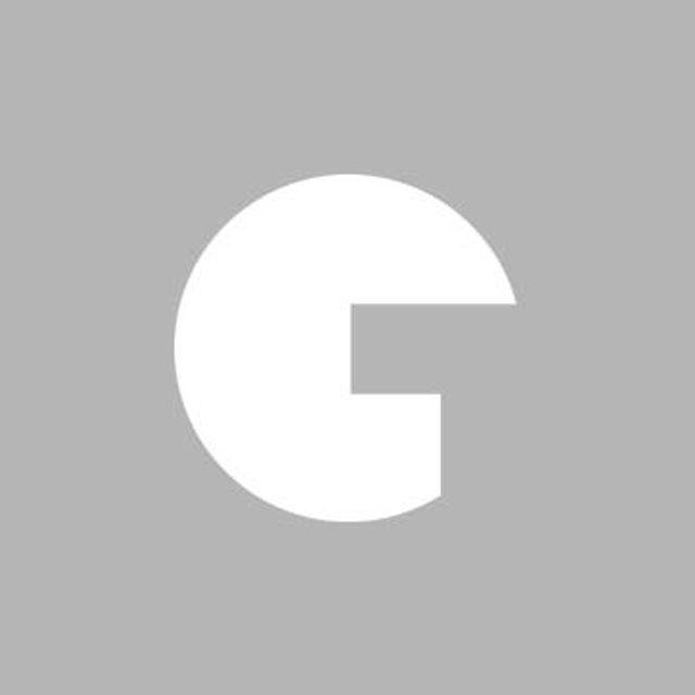 Glamour誌3月号の表紙を飾ったアマンダ・セイフライド