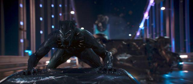 スーパーヒーロー映画でナンバーワン! - 映画『ブラックパンサー』より