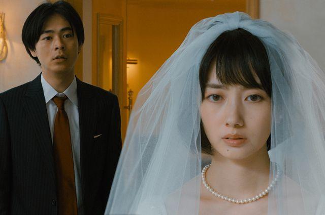 弥生、三月 君を愛した30年 波瑠
