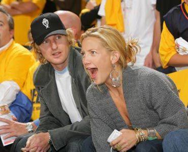 こちらはバスケの試合観戦中の2人。白熱するケイトにオーウェンも目が点!