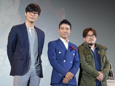(左から)チェ・ダニエル、イム・チャンジョン、キム・ホンソン監督