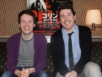 予算はなくとも、楽しい現場だったことを感じさせる2人-主演のアラステア・カートンとマーク・プライス監督