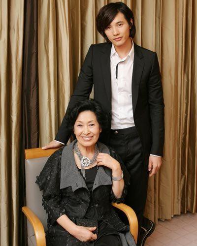 『母なる証明』キム・ヘジャ、ウォンビン単独インタビュー