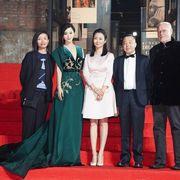 『アウトレイジ』に親子連れ多数!ジャ・ジャンクー創設の映画祭、会場作る本気ぶり(中国)