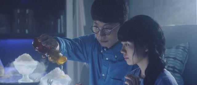 ハーフ雪男役の星野源と、雪女役の二階堂ふみ