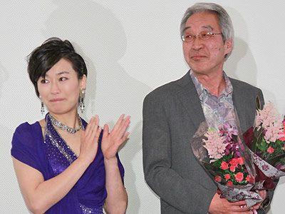 里見瑤子と特別賞を受賞した大ベテラン深町章監督