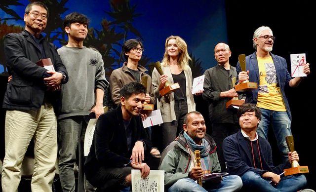 市民賞を獲得した原一男監督(一番左)と各賞受賞者