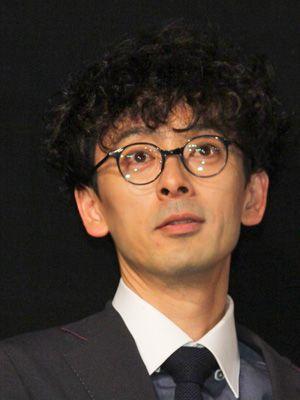 「金メダル」と出演作をたたえた滝藤賢一