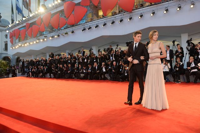 23648-Red_Carpet_-_The_Danish_Girl_-_E._Redmayne_-____la_Biennale_di_Venezia_-_Foto_ASAC__4_.JPG