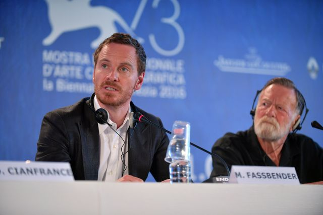 30008-Press_Conference_-_The_Light_Between_Oceans_-_Michael_Fassbender_-_Jack_Thompson_-_la_Biennale_di_Venezia_-_foto_ASAC__2_.JPG