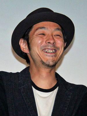 「あまちゃん」最終回を観客に祝福された宮藤官九郎