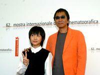 海外メディアから人気ものの神木隆之介と三池崇史監督