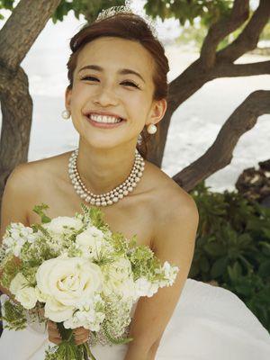 幸せいっぱいの花嫁姿を披露した優木まおみ