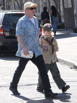 マイケル・ダグラスと10歳の息子のディランくん