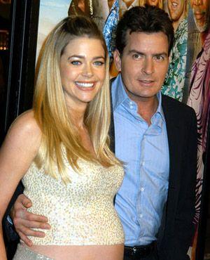 チャーリー・シーンとデニース・リチャーズの間には子供が2人いる