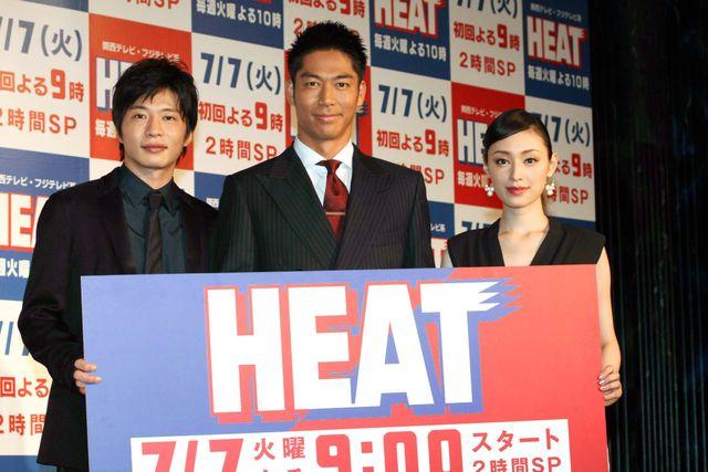 稲垣吾郎、EXILEに憧れる!(左から)田中圭、AKIRA、栗山千明