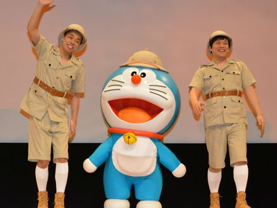 ゲスト声優&応援隊員を務めたお笑いコンビCOWCOWの(左)多田健二と善し