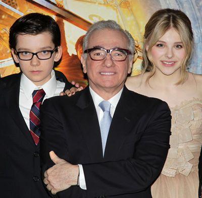 ニューヨークプレミアに出席したエイサ・バターフィールド、マーティン・スコセッシ監督、クロエ・グレース・モレッツ(左より)