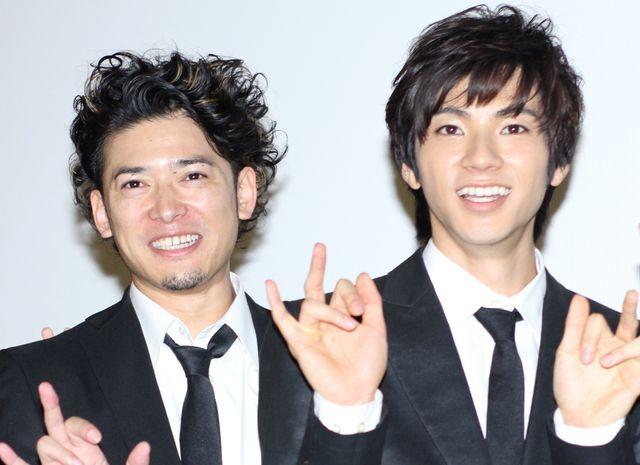 憧れの高岡奏輔(左)との共演に震えたという山田裕貴(右)