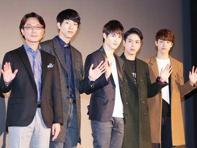 (左から)田容承監督、ジョンシン、ジョンヒョン、ヨンファ、ミンヒョク