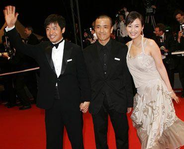 (写真左から)グー・シオドン、ロウ・イエ監督、ハオ・レイ