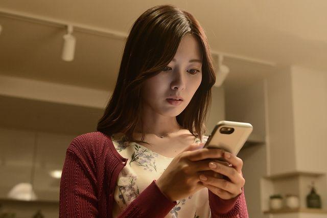 白石麻衣は新たな事件に巻き込まれていく松田美乃里役を担う