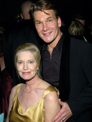 故パトリック・スウェイジさん(右)と妻リサ・ニエミ