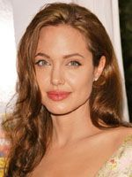 アンジェリーナ・ジョリー、2人目の養子はロシア人