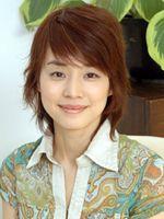 「女性に観てもらいたい」と輝くような笑顔をふりまく石田ゆり子