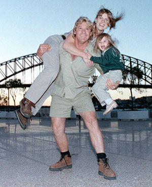 スティーヴ・アーウィンと妻のテリー、そして父の意志を継いだ娘ビンディ