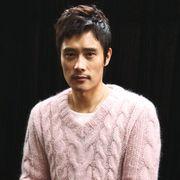 【独占インタビュー】「僕は純粋じゃない」イ・ビョンホンが自身の恋愛話を告白!
