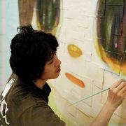ハリウッドで大人気の少女の絵……カリスマ日本画家NARAって?