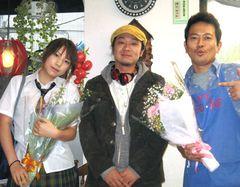純喫茶を舞台に16歳の娘とメタボオヤジの奮闘を熱演した宮迫博之