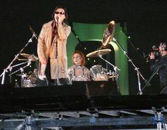 X JAPAN、数千人がパニック寸前の中『ソウ4』のテーマ奏で10年ぶりの再始動