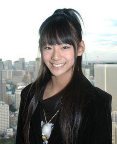"""13歳の超美少女""""日本のライラ""""西内まりや赤面!「男子とは、あんまり接しないので…」"""