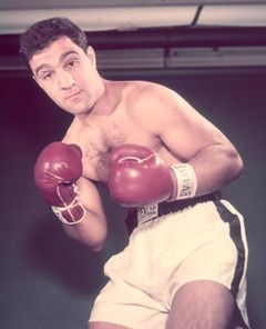 伝説的ボクサー、ロッキー・マルシアノの伝記映画が映画化