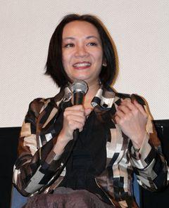 """""""エロおばさん""""岩井志麻子が、43歳にして韓国人の愛人との間に「子どもがほしい!」と激白!"""