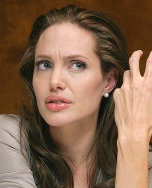 """アンジェリーナ・ジョリー、サンタバーバラ国際映画祭で""""パフォーマンス・オブ・ザ・イヤー""""を受賞"""