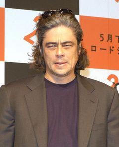 ベニシオ・デル・トロ主演のリメイク版『狼男』、新監督はジョー・ジョンストンに決定
