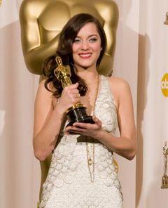 体の震え止まらず!主演女優賞のマリオン・コティヤールが喜びのコメント!