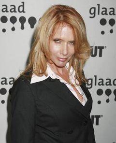 ロザンナ・<b>アークエット</b>、イギリスの新聞から損害賠償を勝ち取る <b>...</b>