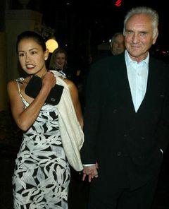 テレンス・スタンプ、35歳年下の妻と離婚