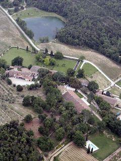 アンジェリーナとブラピ、出産報道はデマ、豪邸は3年の賃貸が濃厚