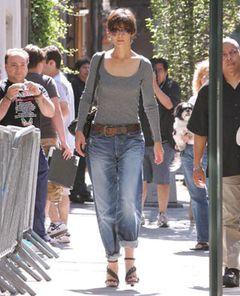 トムの妻、ケイティ・ホームズのジーンズ姿にファッション・エキスパートがダメだし!
