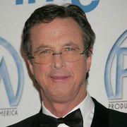 『ジュラシック・パーク』の作家で「ER緊急救命室」のクリエイター、マイケル・クライトン死去